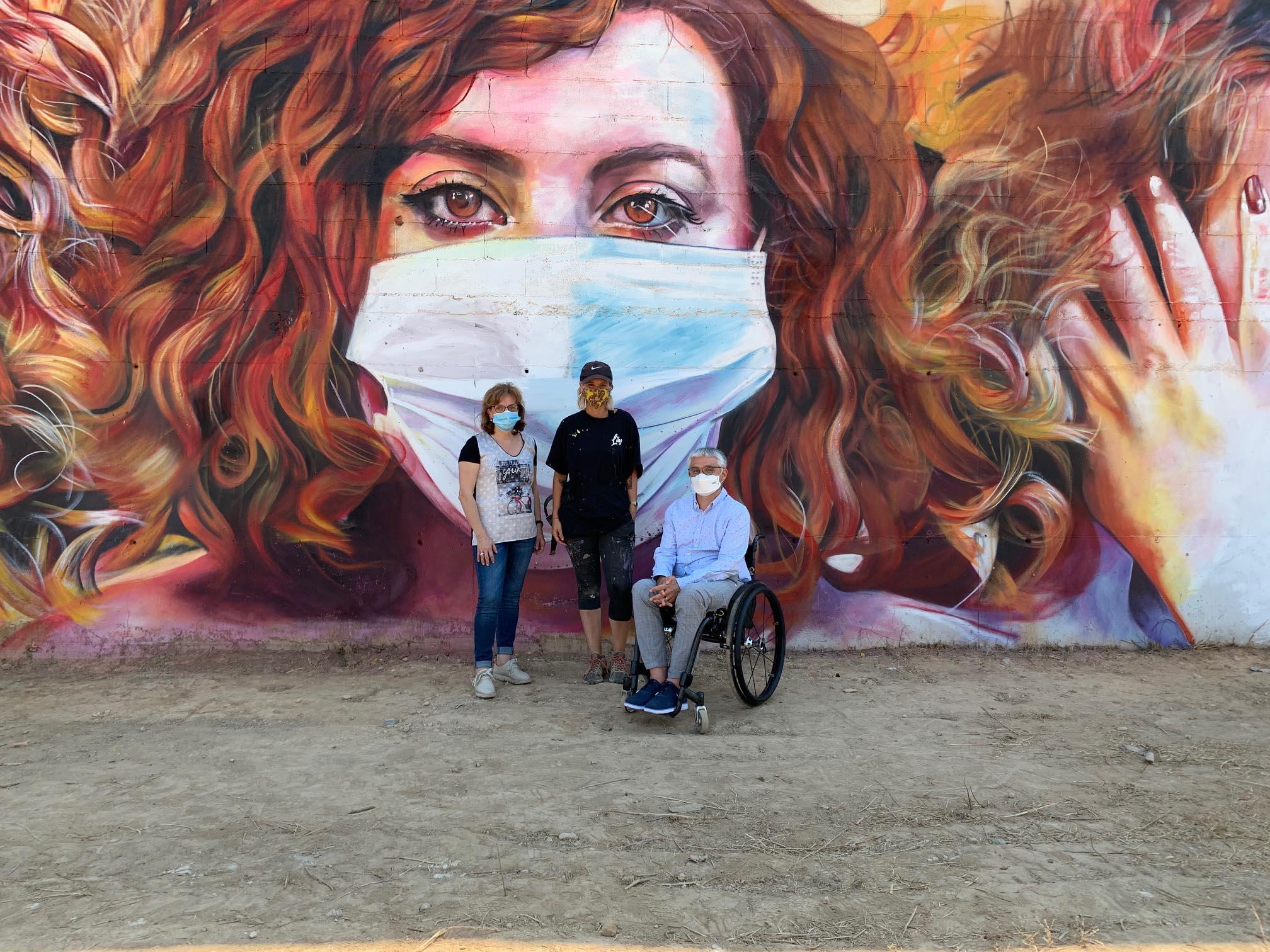 Mural de Lily Brick al 4t Torrefarrera Street Art Festival
